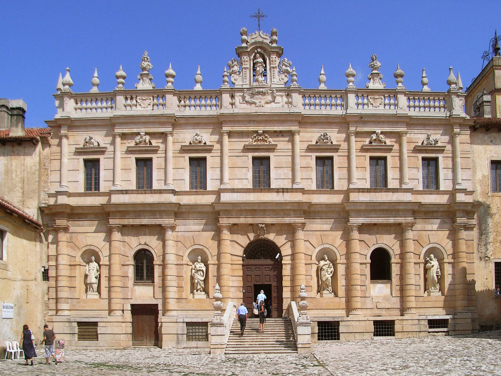 [cml_media_alt id='1423']Certosa di Padula[/cml_media_alt]